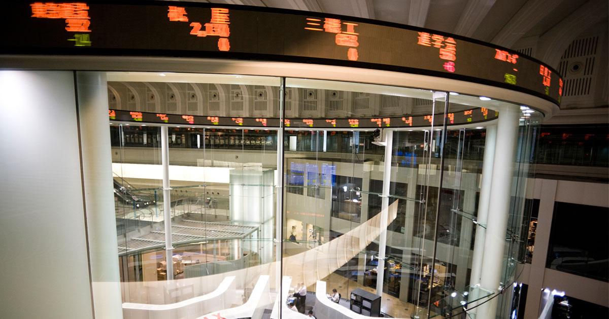 下落続ける日本株は、好調な企業業績で反転させることができるか