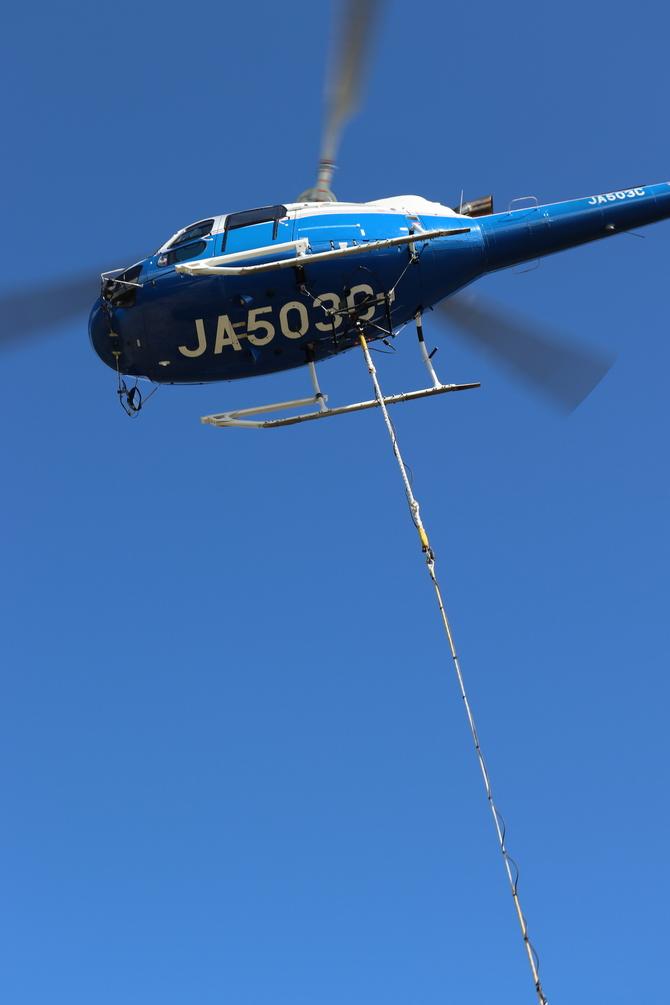 登山ヘリコプター