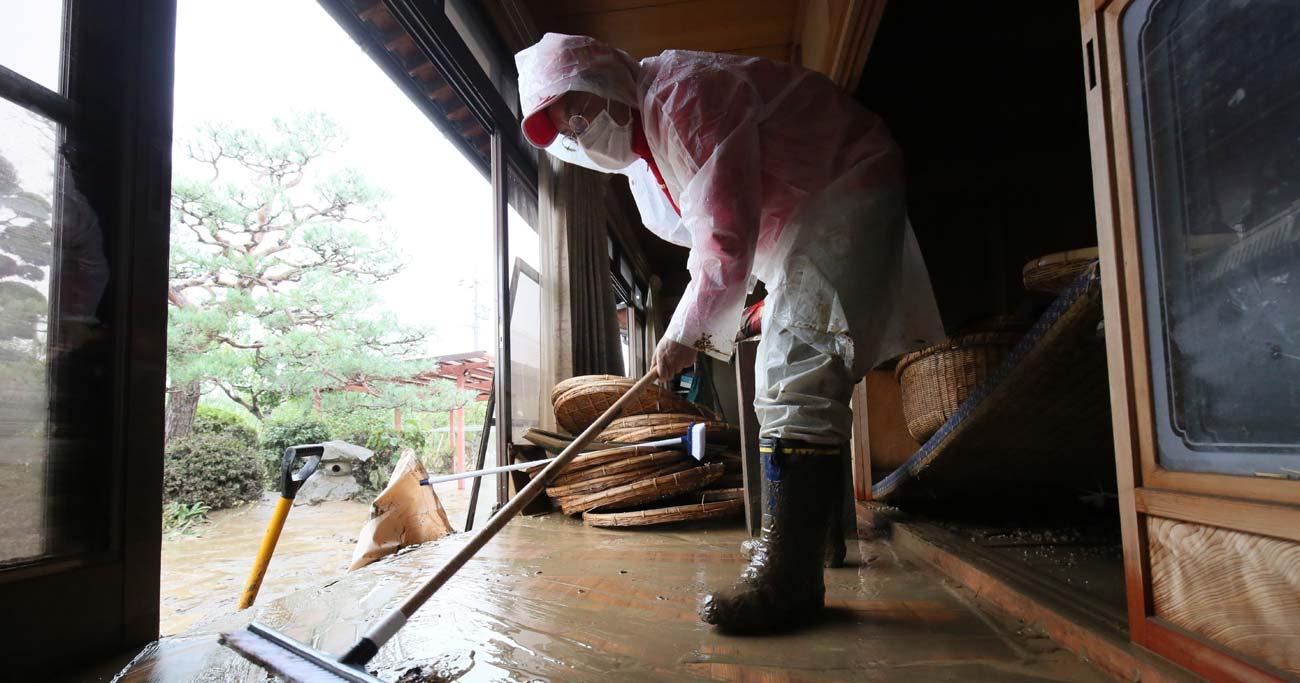 台風被害も火災保険で補償される!意外と知らない被災時のお金の話