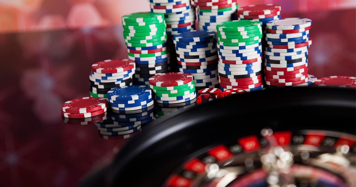 生活保護受給者ばかりを狙い撃ちするカジノ法議論の本末転倒