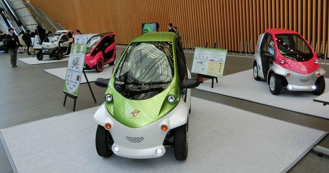 トヨタ車体『コムス』と、各社の超小型モビリティ・コンセプトモデル