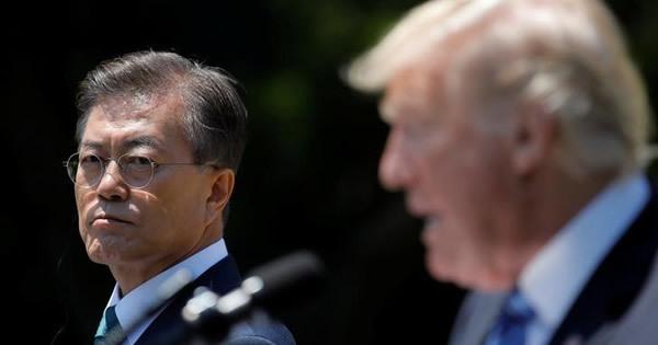 韓国の文大統領、米朝緊迫化で外交に手詰まり感