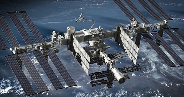日本人だけが知らない?国際宇宙ステーションで光触媒はどう使われているのか?