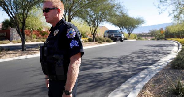 ラスベガス乱射の容疑者、裕福なギャンブル愛好家