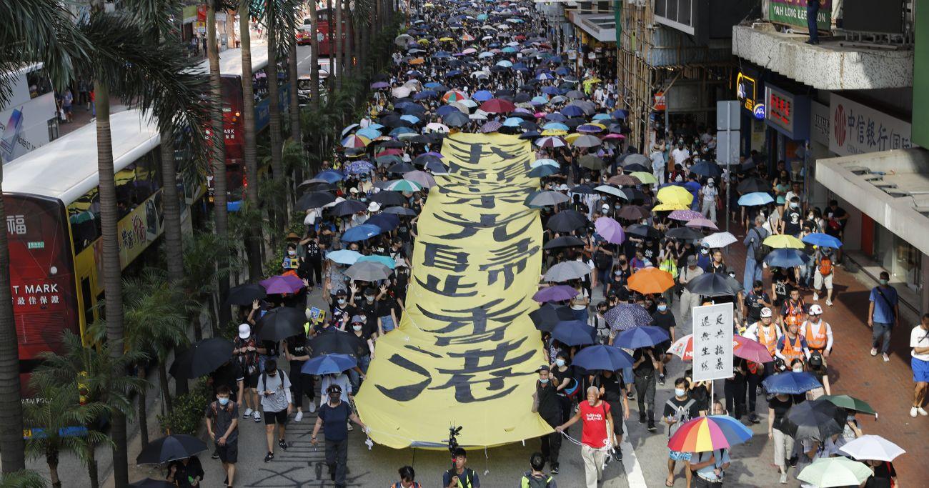 「将来が見えない」香港市民の深憂、仏デモとの類似点に危機回避のヒント