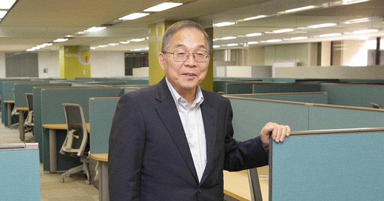 インタビューは、法人登記中の日本法人拠点で行われた。最大100人の設計者を迎えるための広いオフィスは、