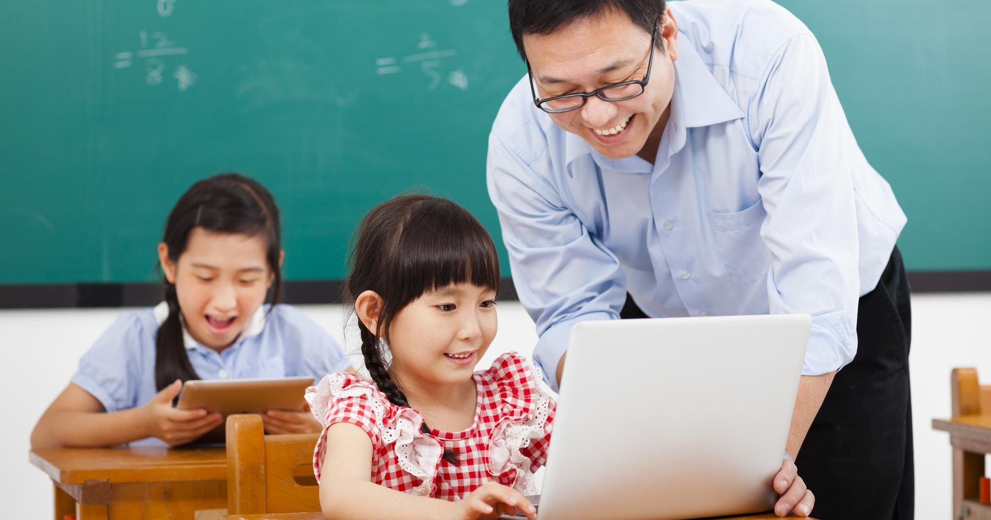 時給30万円!中国で話題の「高給フリー教師」の実態