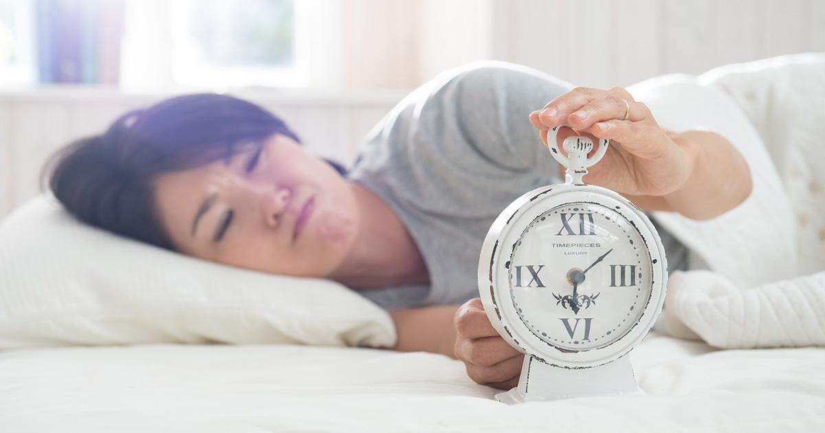 「毎日、同じ時刻に起きる」が疲れをひどくする理由