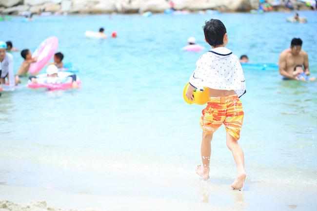 夏休みの海水浴は安全に楽しみたい