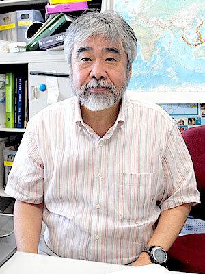 東京大学地震予知センター佐藤比呂志教授