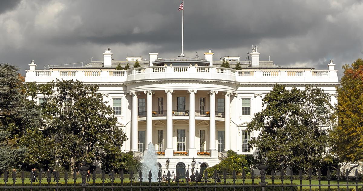 読書嫌いといわれるトランプ大統領は米国防・外交関係者の必読書を読んだのか?