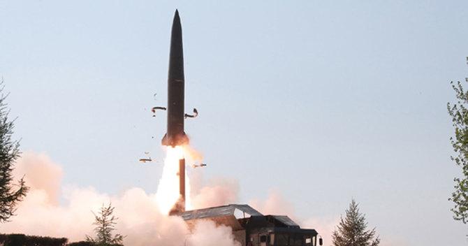 短距離弾道ミサイル