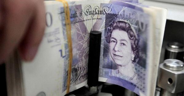 英選挙前倒しでポンドは長期復活へ、株と明暗