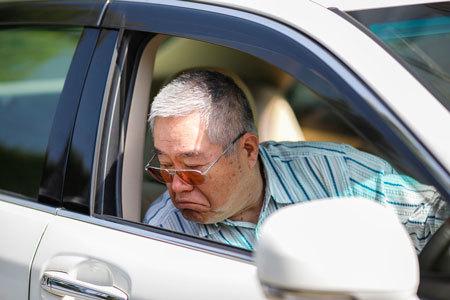高齢者ドライバーにとって、認知症は大きな問題です