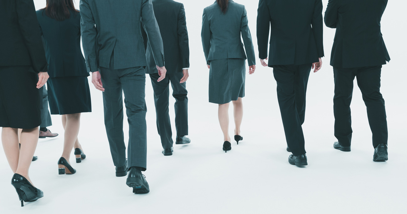 新卒・若手社員が、バブル世代の「お荷物社員」を笑えない理由