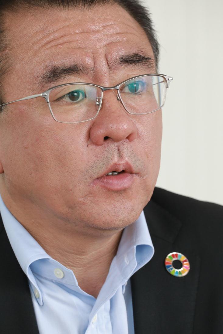 よしおか・あきら/1968年1月生まれ、51歳。92年青学大理工卒。2001年にアスクルに入社し、12年に取締役。8