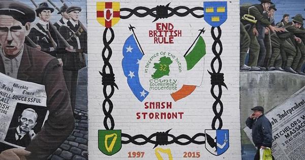 北アイルランド政局、英国の新たな「亀裂の種」に
