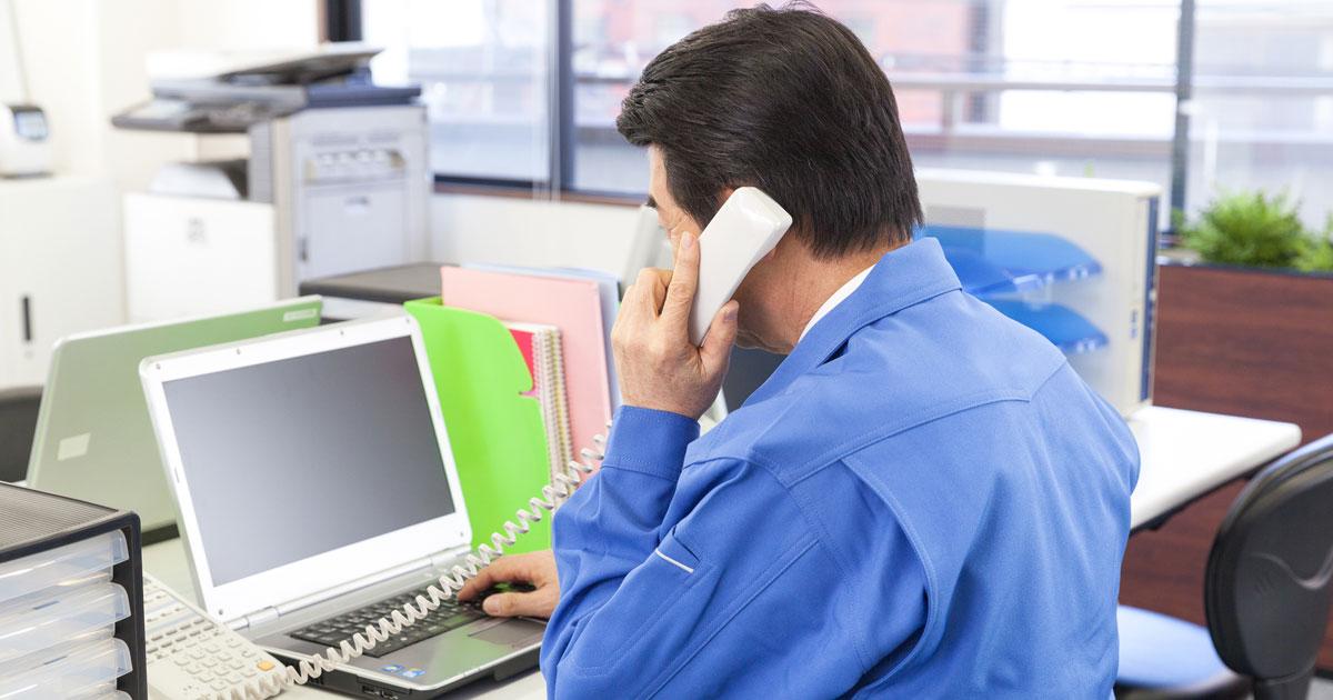 20代社員の着任初日に業者から「退職代行」電話、どうする工場長!?