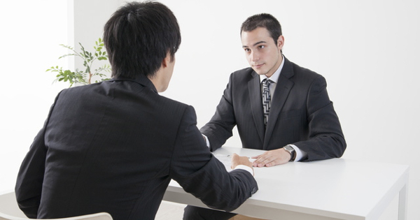 """""""受験英語""""を""""使える英語""""に変える実践的会話術"""