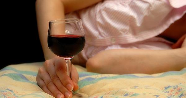 お酒を飲んでから寝るのが身体にアブない これだけの理由