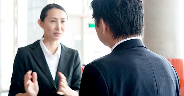 介護で深刻な事態になる前に上司と人事に相談しておく