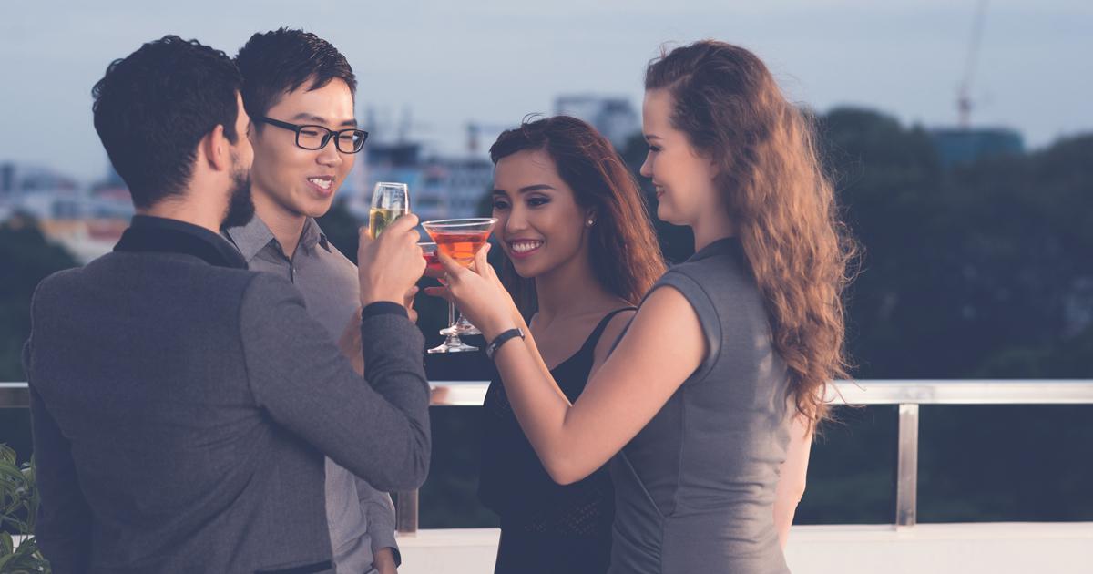 ビジネス英語ペラペラの日本人がパーティーでは会話が続かない理由
