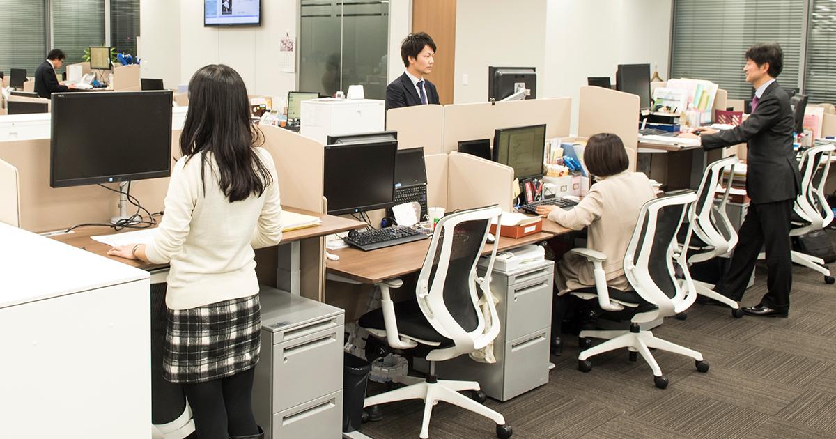グーグルもフェイスブックも導入、立って働くほうが疲れず生産性も上がる理由
