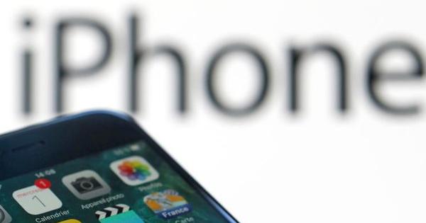 アイフォーン8が世界にもたらす部品供給懸念